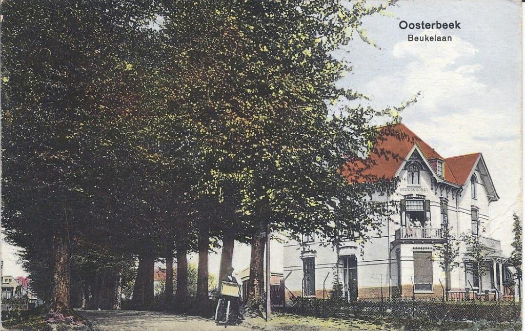 """De villa """"Beukenhorst (Beukenlaan 10) gebouwd in 1919."""