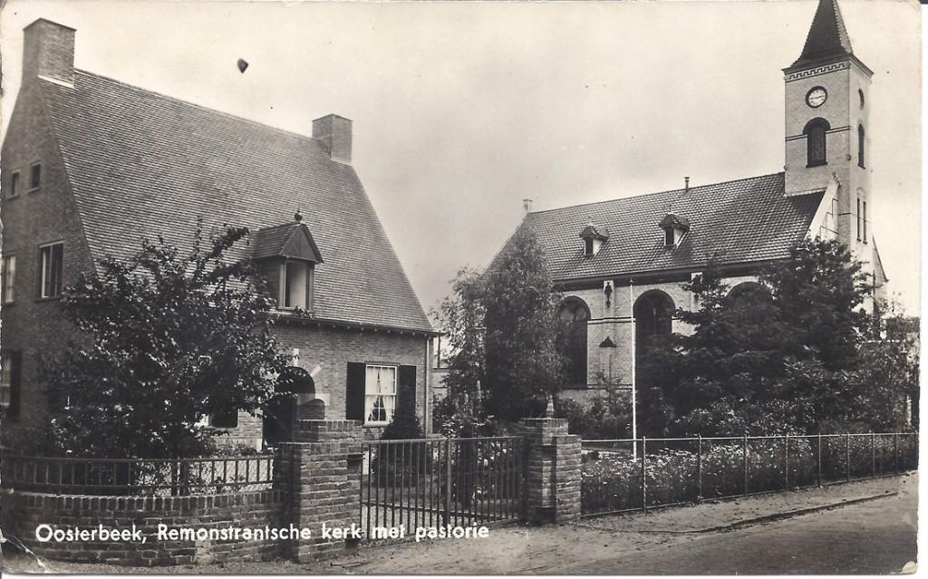 0854 Remonstrantse Kerk met pastorie Wilhelminastraat Oosterbeek
