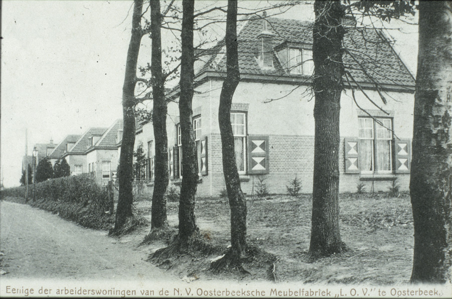 Enige van de in totaal 11 gebouwde arbeiderswoningen LOV aan de Lebretweg.