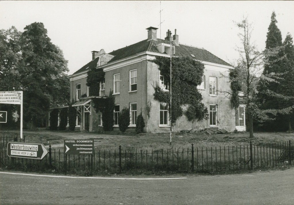 Het huis Valkenburg in haar nadagen.
