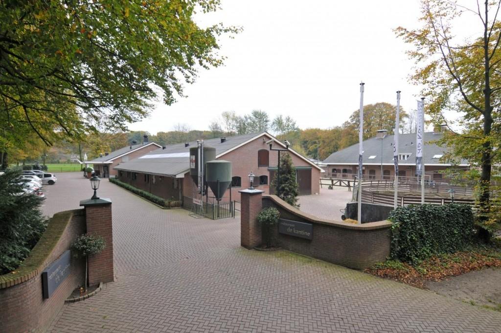 Het ruitercentrum annex restaurant.
