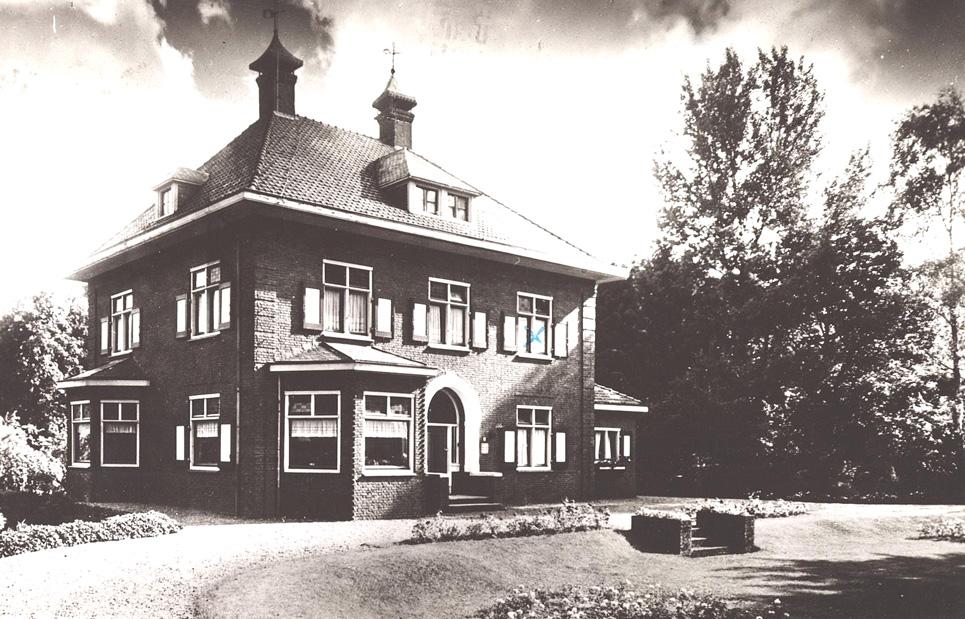 """De villa """"Burmania Heerdt"""", na WOII."""