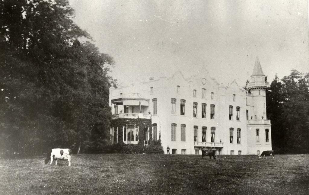 Huis De Hemelsche Berg te Oosterbeek