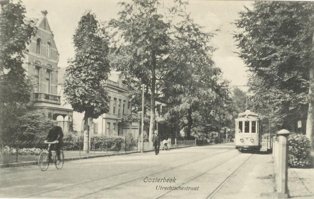 Links villa Dina, daarnaast Vredelust en Villa Maria op 15 augustus 1918