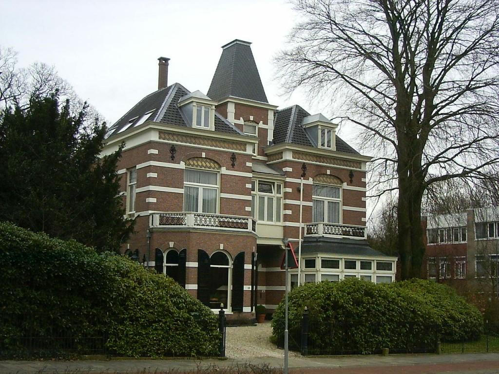 De villa op Utrechtseweg 171.