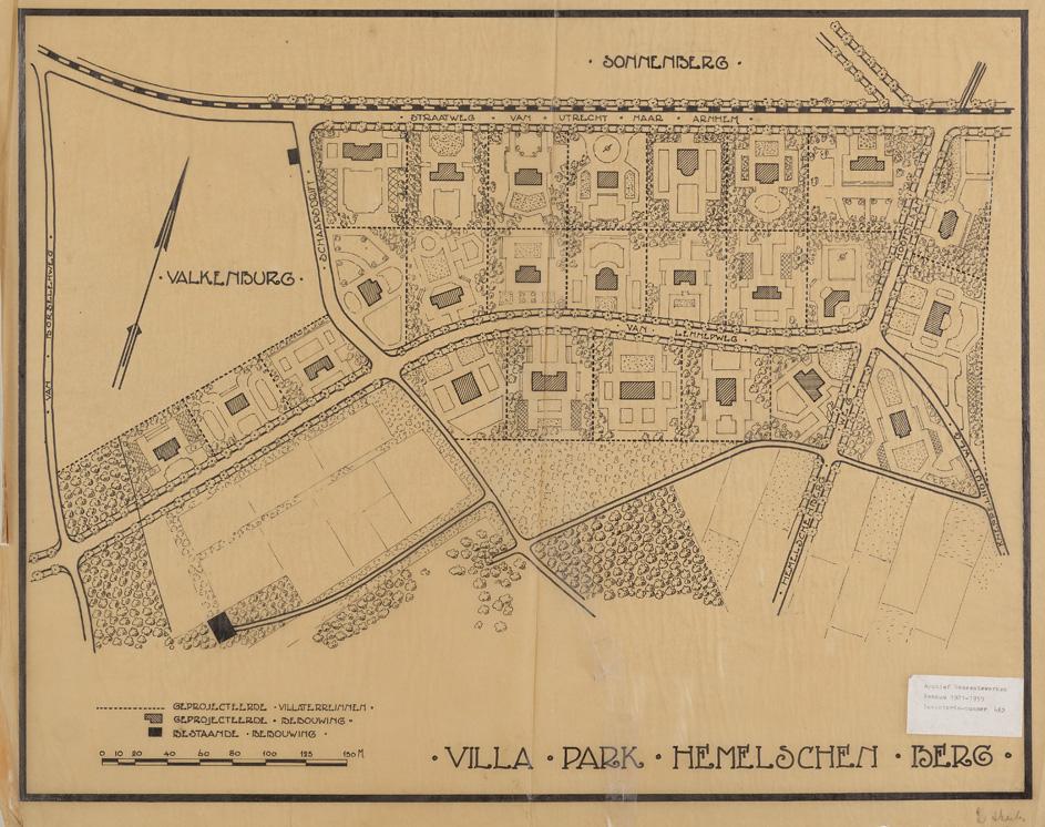 Het plan Hemelsche Berg uit dat erin voorzag ten zuiden van de Utrechtseweg tot een villawijk te komen in het gebied tussen de Utrechtseweg en de Van Lennepweg.