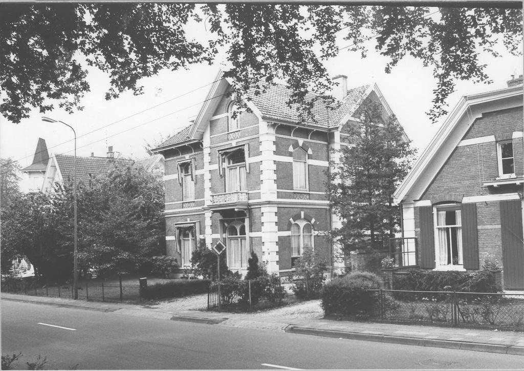 Stationsweg 10-12