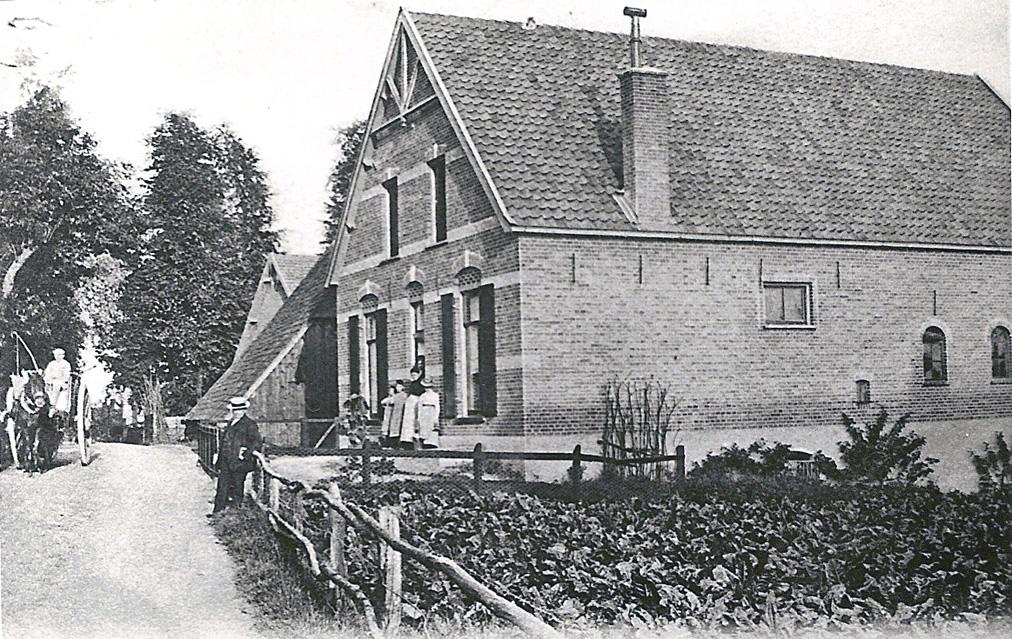 De boerderij op Amerusberg het stuk Emmastraat nabij de huidige Willem Alexanderstraat.