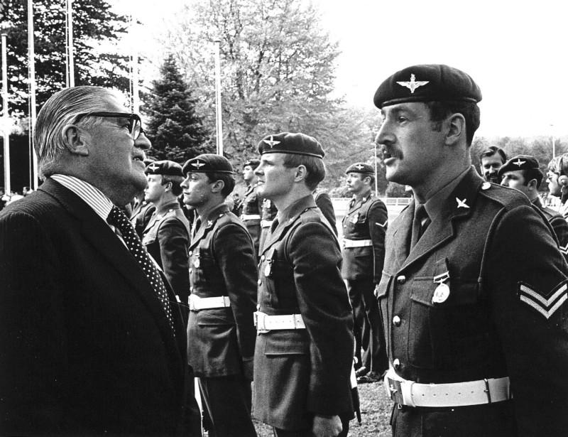 generaal-urquhart-1978-67995-800-615