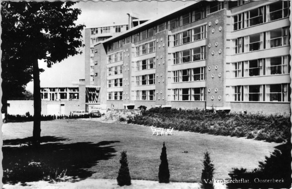 De Valkenburchtflat aan de Valkenburglaan 35