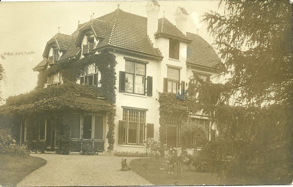 """De villa """"Klein Dreijen rond 1930."""