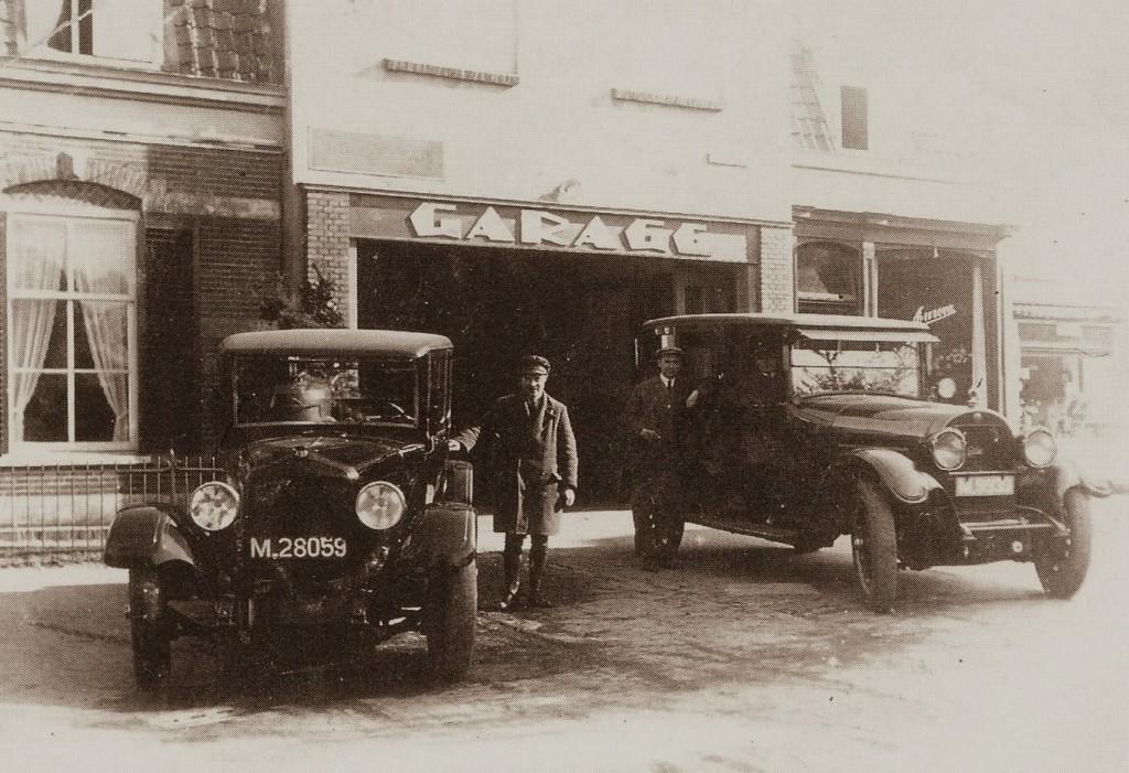 De garage van W. Sukkel aan de Paasberg 2.