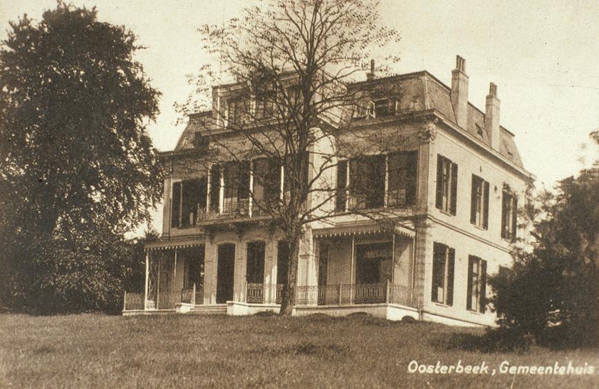 De door Leendert Fangman gebouwde villa, het latere gemeentehuis