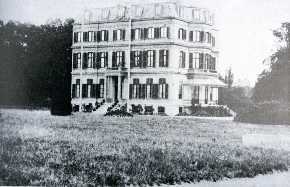 Het huis Oranje Nassaus Oord na de verbouwing van Willem III voor in gebruik neming als sanatorium