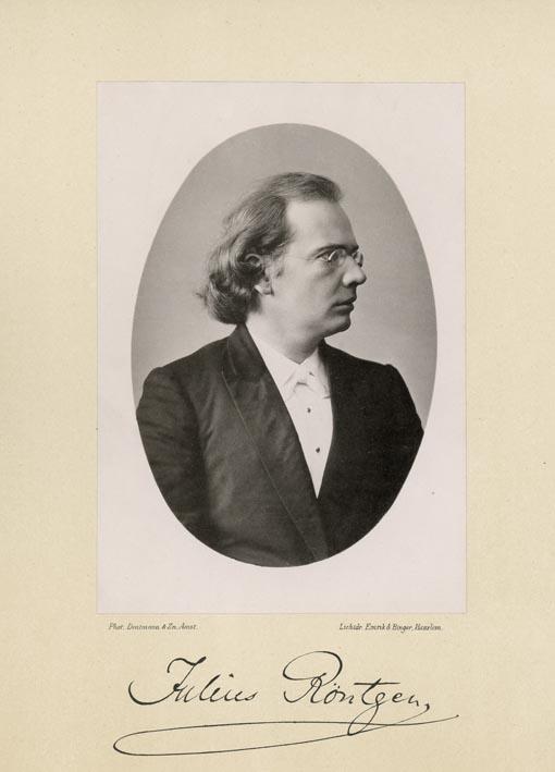 De componist Julius Engelbert Röntgen (1855-1932).