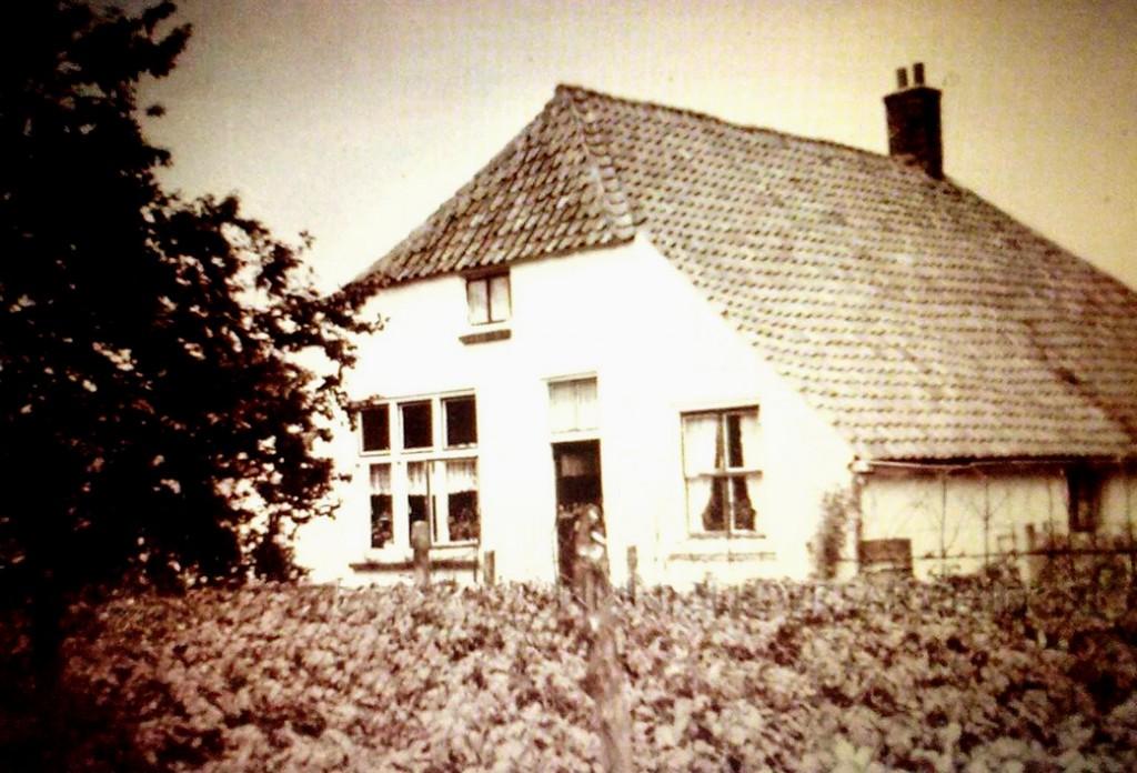 De boerderij van J.L. Rensen op Lebretweg 56