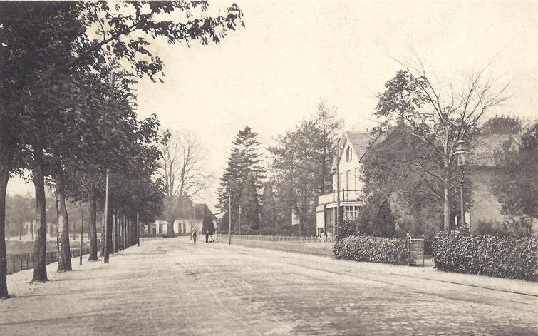 Dorpsstraat 167, de villa waarin burgemeester De Beijer enige jaren woonde.
