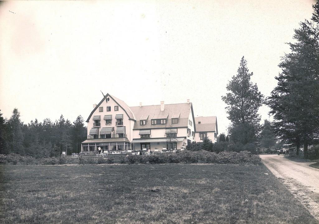 Hotel de Bilderberg voor de verbouwing van 1933.