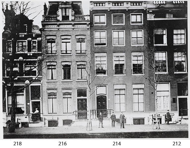 Herengracht 214, enige jaren voor de afbraak.